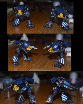 Epic True Scale Warhound titans by Coconutdawn