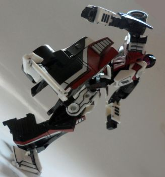 transformers - premium fracture closeup by Poo-Fly
