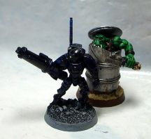 Stealth suit and ork Kommando by Snowfyre