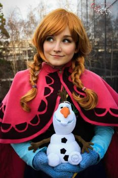 Anna Frozen Cosplay by MAJCosplay