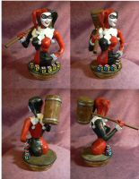 Harley Quinn 1/4 scale bust. by Leebea
