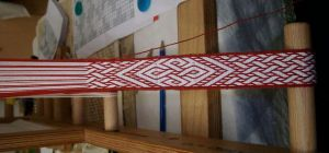 tablet weaving by Lainiell