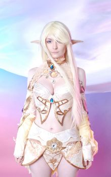Lineage II cosplay by CarambolaG