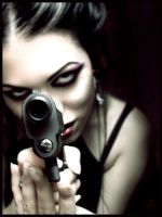 With gun loaded by fantasmica