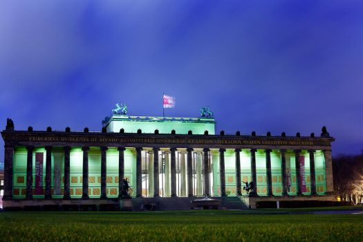 Altes Museum Berlin by rcovelo