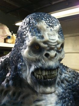 Life-Sized Silicone Locust from Gears of War (cu) by cigneutron