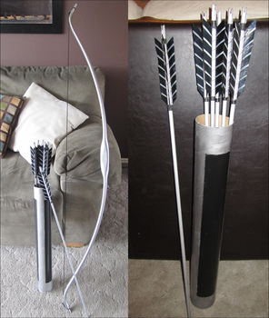 The Hunger Games Katniss' Bow and Arrows by sugarpoultry