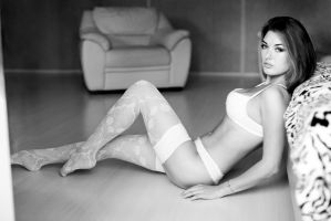 rest or not (boudoir model test shot) by Aledgan