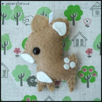Baby Fawn by littlepaperforest
